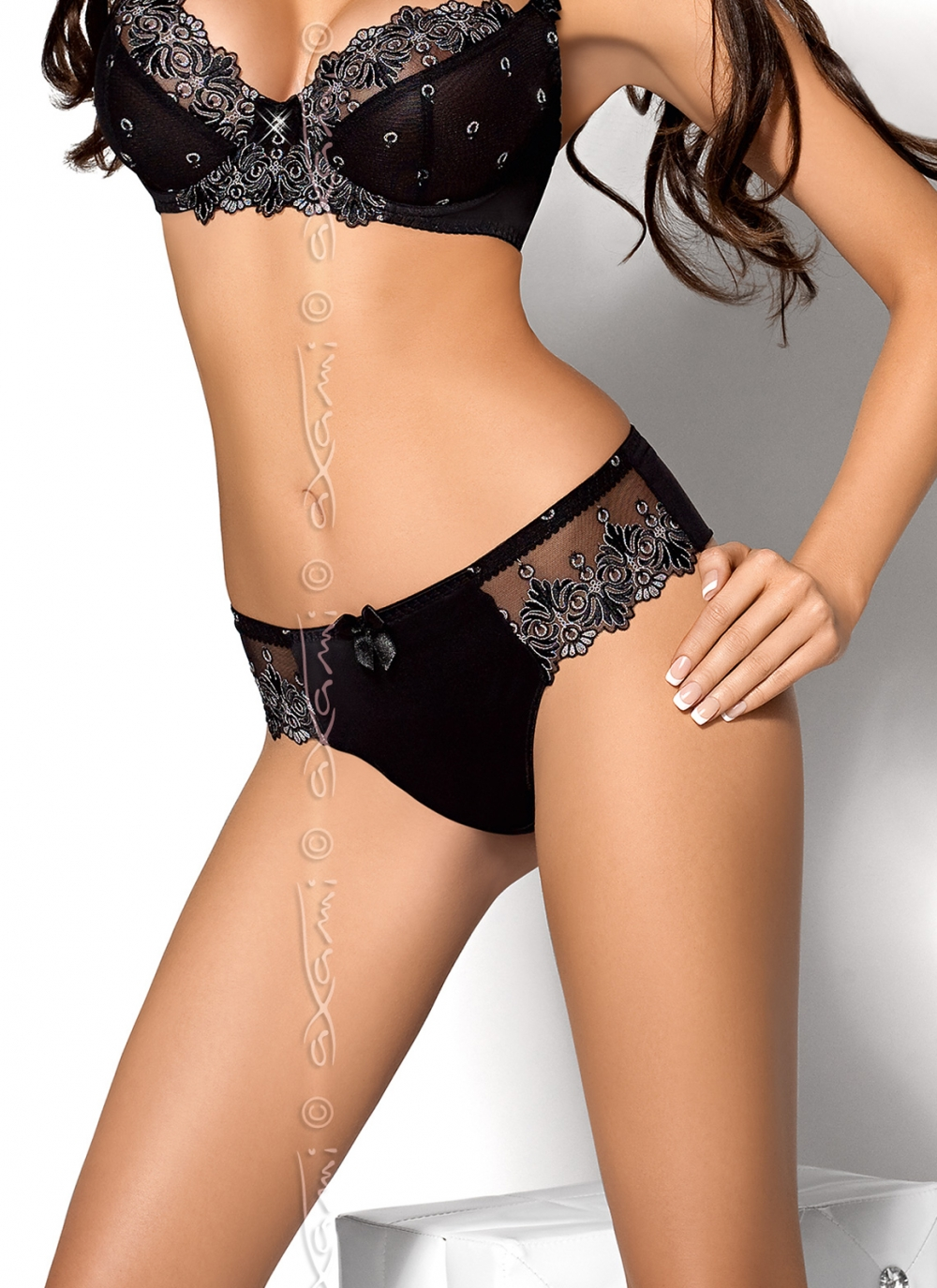 String V-5128 Moon Flower