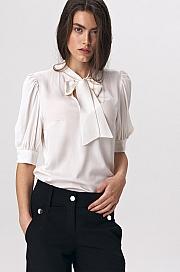 Nife - Elegancka bluzka ecru z wiązaniem na dekolcie