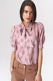 Nife - Różowa bluzka z wiązaniem na dekolcie w grochy
