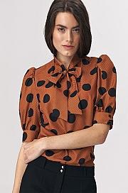Nife - Brązowa bluzka z wiązaniem na dekolcie w grochy