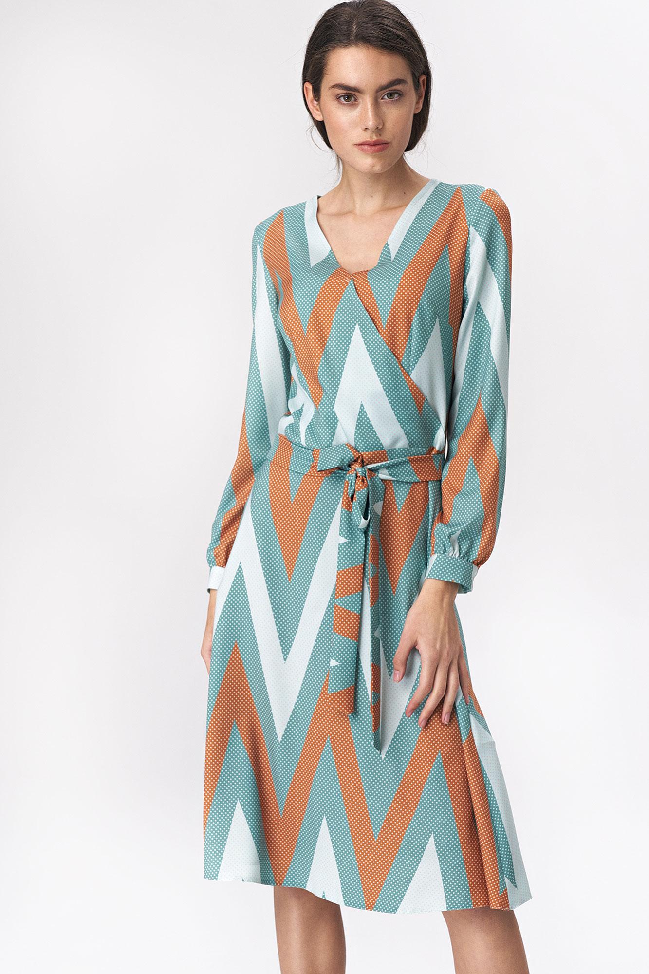 Nife - Rozkloszowana turkusowa sukienka midi w zygzak 1