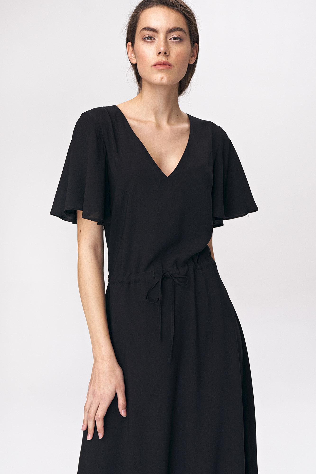 Nife - Czarna sukienka maxi z rozkloszowanym rękawem 2