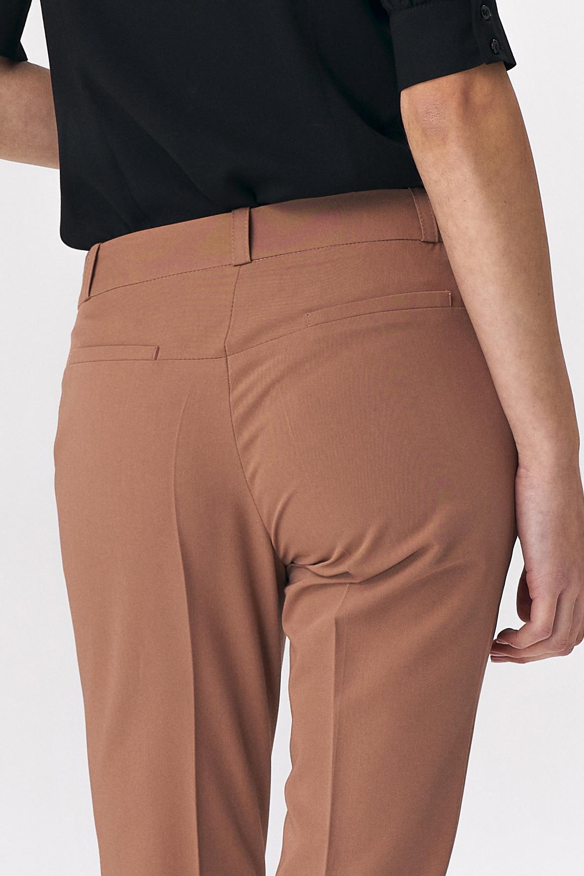 Nife - Karmelowe spodnie zapinane na napy 7