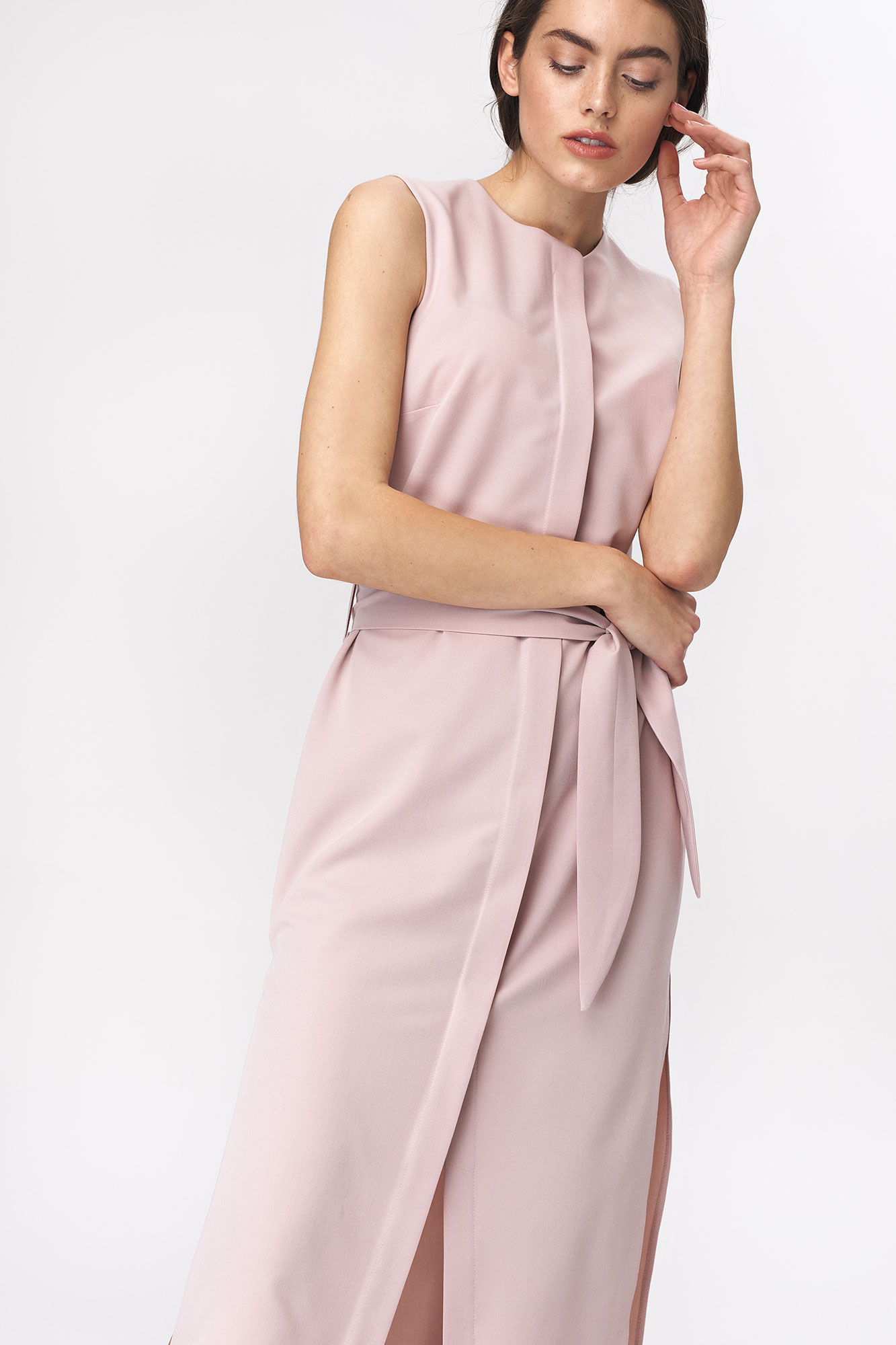 Nife - Różowa sukienka szmizjerka  3