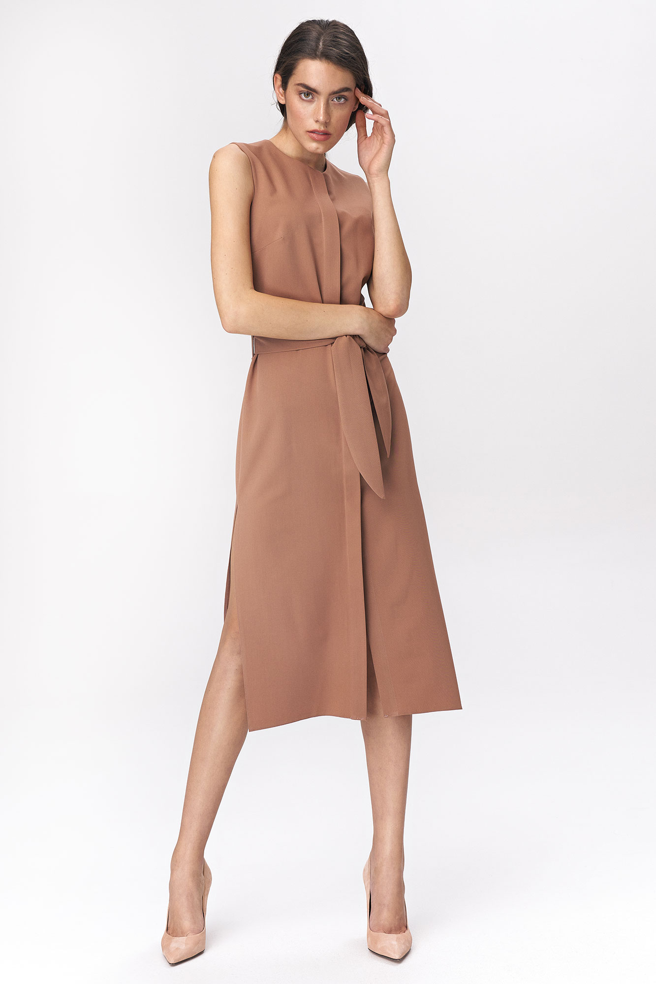 Nife - Karmelowa sukienka szmizjerka 1