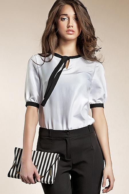 Nife - Subtelna bluzeczka z wstążką - biały
